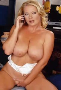sesso come fare giochi erotici al telefono